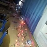 Diskokugeln und Lichterketten für die perfekte Party