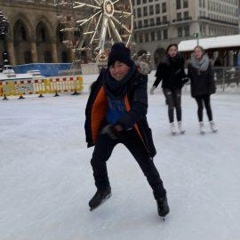 Eislaufen mit der Tagesbetreuung