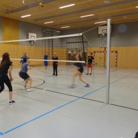 Volleyball SchülerInnen vs. LehrerInnen
